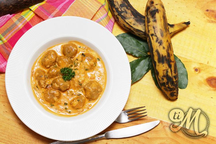 timolokoy-dongoues-dombres-bananes-jaunes-plantain-morue-lait-de-coco-10