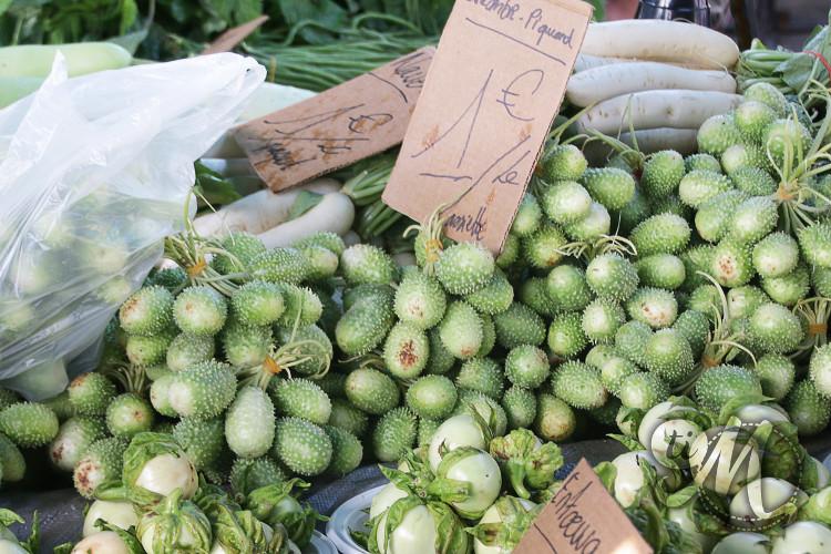 concombres piquants sur le marché de St Laurent