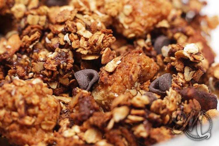 timolokoy-granola-au-coco-noix-de-cajou-et-chocolat-15