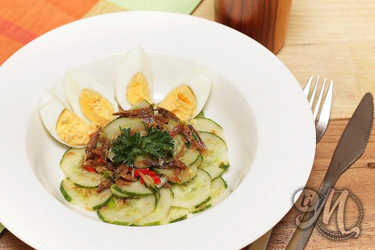 timolokoy-salade-hareng-saur-concombre-oeufs-durs-07