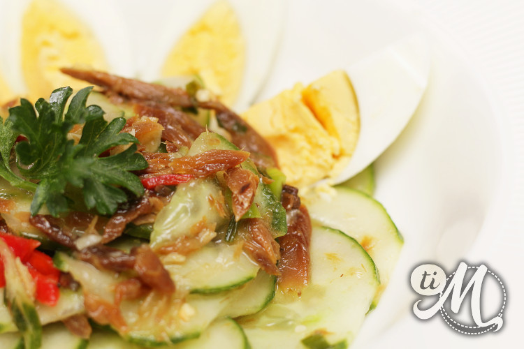 timolokoy-salade-hareng-saur-concombre-oeufs-durs-09