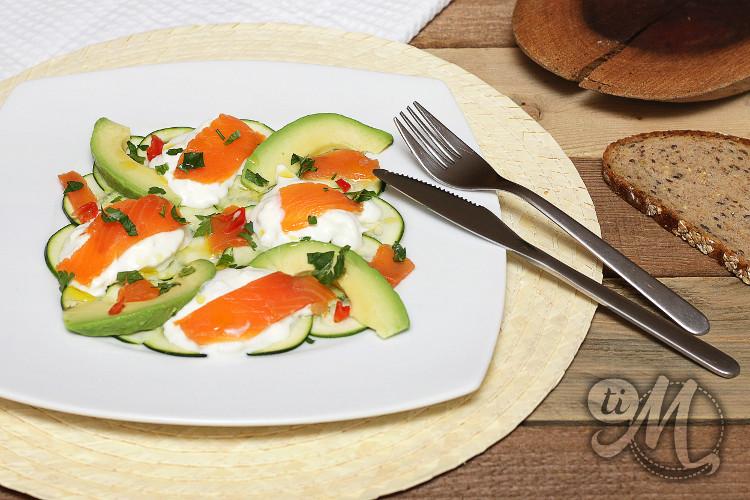 timolokoy-salade-kalawang-courgette-buratta-avocat-truite-fumee-10