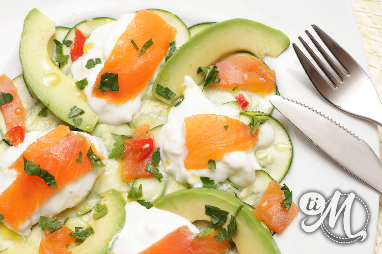 timolokoy-salade-kalawang-courgette-buratta-avocat-truite-fumee-13