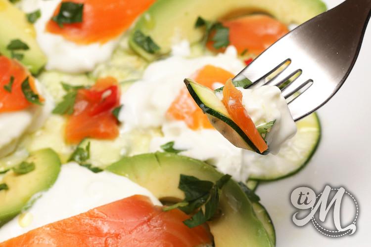 timolokoy-salade-kalawang-courgette-buratta-avocat-truite-fumee-17
