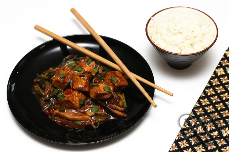 timolokoy-tofu-sauce-soja-shiitake-pak_choy-05