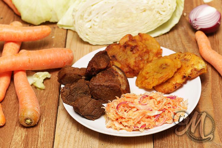 timolokoy-pikliz-condiment-haitien-14.jpg