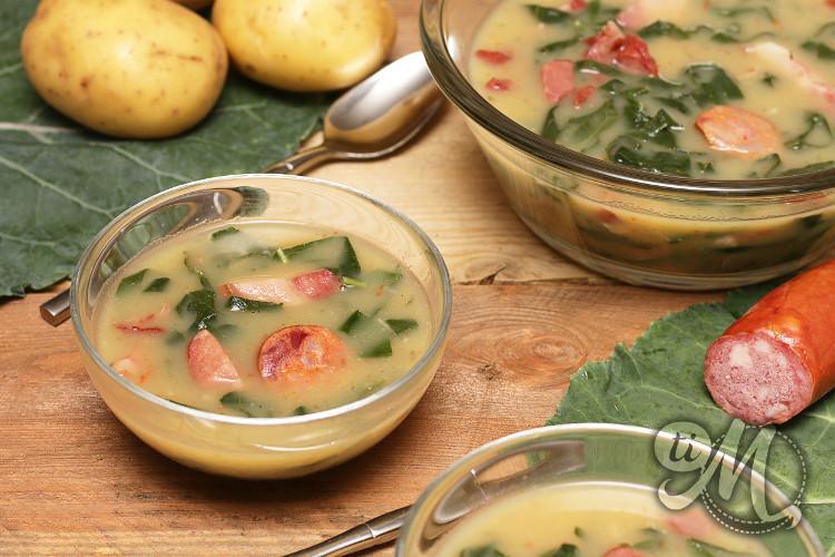 timolokoy-soupe-chou-bresilien-cavalier-facon-caldo-verde-09.jpg